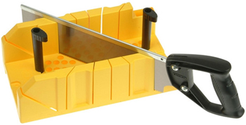 Стусло пластиковое с ножовкой Stanley 1-20-600 стусло stanley 1 20 800 для плотницких работ с ножовкой 560мм