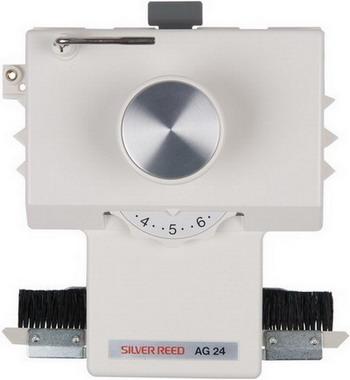 Фото - Каретка интарсия механическая Silver Reed AG 24 ажурная каретка silver reed lc2