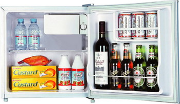 Минихолодильник Shivaki SDR-052 W shivaki scf 210 w