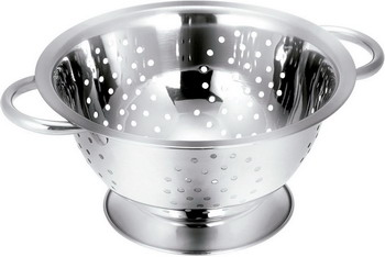 Дуршлаг Tescoma GrandCHEF 24 cм 428510 корзинка для сервировки tescoma grandchef цвет серебристый диаметр 8 cм