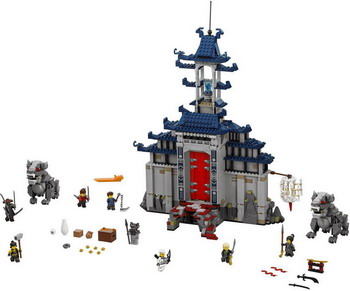 Конструктор Lego Ninjago: Храм Последнего великого оружия 70617 конструктор lego ninjago 70633 кай мастер кружитцу