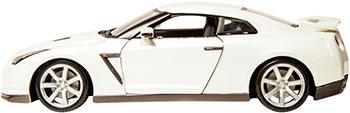 Коллекционная машинка BBurago NISSAN GT-R металлическая 18-12079
