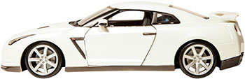 Коллекционная машинка BBurago NISSAN GT-R металлическая 18-12079 maisto bburago 1 18 2009 nissan gt r sports car diecast model car toy new in box free shipping 12079