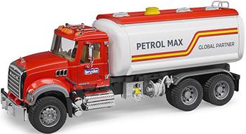 Бензовоз Bruder MACK красная кабина 02-827 машины bruder мусоровоз mack 02 812