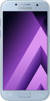 Мобильный телефон Samsung Galaxy A3 (2017) 16 Gb SM-A 320 F синий мобильный телефон samsung galaxy a3 2017 16 gb sm a 320 f черный