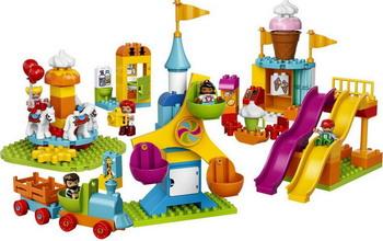 цены Конструктор Lego DUPLO Town: Большой парк аттракционов 10840