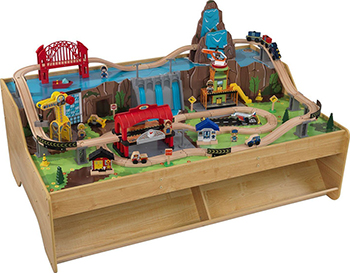 Центральная грузовая железнодорожная станция KidKraft со столом 18007_KE железная дорога kidkraft игровой набор жд станция waterfall station train set