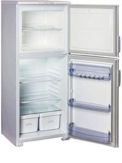 лучшая цена Двухкамерный холодильник Бирюса 153 ЕК