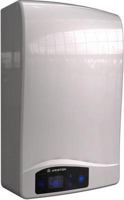 Газовый водонагреватель Ariston NEXT EVO SFT 11 NG EXP белый (3632271) ariston next evo sft 11 ng exp
