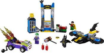 Конструктор Lego Juniors: Нападение Джокера на Бэтпещеру 10753 конструктор lego batman movie нападение на бэтпещеру 70909