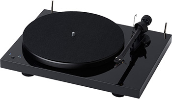 Проигрыватель виниловых дисков PRO-JECT DEBUT III DC BLACK OM5e